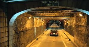 La Jaguar più veloce della storia nel celebre tunnel di New York
