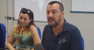 Conferenza stampa di Matteo Salvini sull'immigrazione