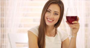L'effetto benefico del vino sulle donne