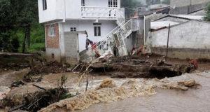 Tempesta tropicale in Messico