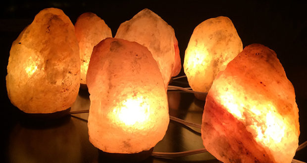 Lampada Di Cristallo Di Sale Ionizzante : Lampade di sale proprietà benefici e controindicazioni
